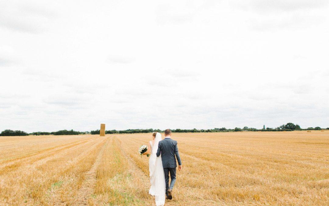 Cambridge Barn Wedding | Wilobe Farm